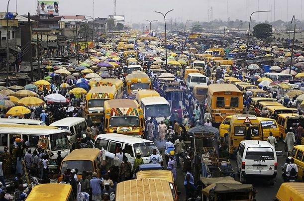 Lagosin liikkettä rauhallisimmillaan.