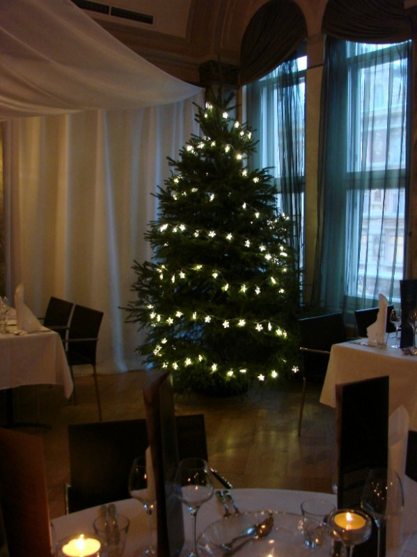 Chez Dominiquen jouluravintola Klaus K:ssa