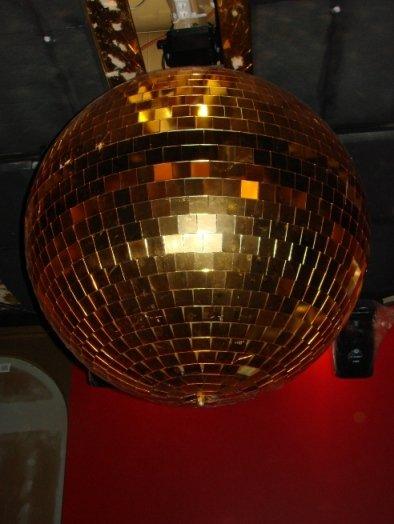 Studio51:sen peilipallo on löytänyt tiensä Velvetiin.