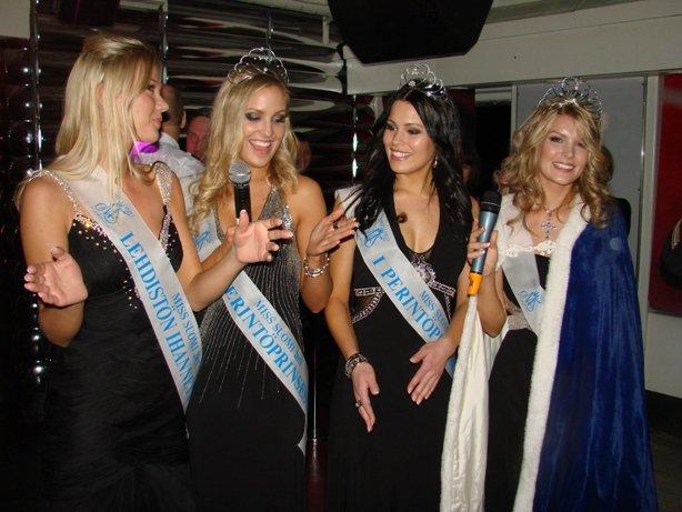 Miss Suomi tanssiaisristeily 2011 Viking Mariellalla