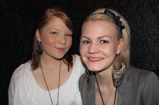 Tampereen Deitti.net-sinkkubileet @ Senssi 11.2. Yrittäjiksi opiskelevat 19-vuotiaat Suvi ja Inka kertoivat iltansa strategian: