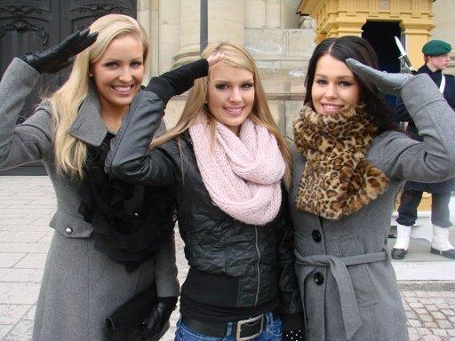 Miss Suomi tanssiaisristeily 2011 - missit kuninkaanlinnalla