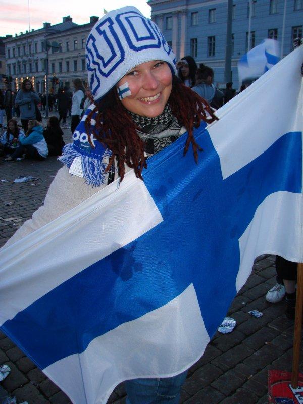Tosifani Maija, 28. Ettei kellekään jää epäselväksi, tässä EI olla Ruotsin faneja.