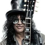 Kitaristi-ikoni Slash saapuu Suomeen helmikuussa