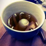 Haluaisitko kahvikupin, jossa lymyilee mustekala?