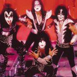 Rock-legenda KISS saapuu Suomeen kesällä