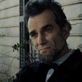 Steven Spielbergin Lincolnin ääni ärsyttää – Pee-weekin parempi?