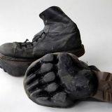 Näillä kengillä voi jättää eläinten jälkiä keskelle kaupunkia