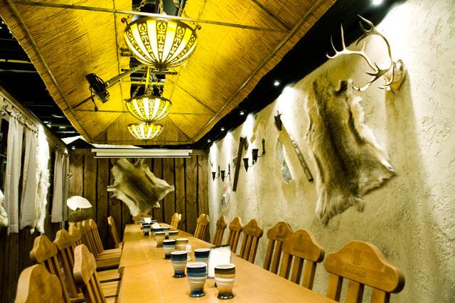 Haraldin kabinetissa on autenttinen viikinkitunnelma.