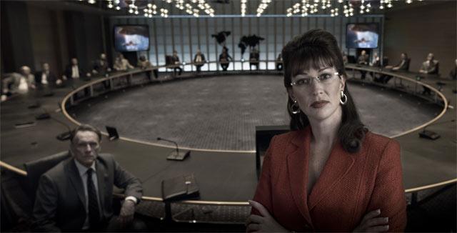 Iron Skyn jenkkipresidentillä on sarahpalinmaista vetovoimaa. Näyttelijänä uusiseelantilainen Stephanie Paul.