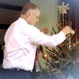 Vaadimme joulutervehdysvideoita kaikilta tahoilta