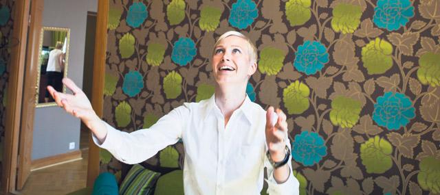 Juristi Janika Vilkman, 30, on kolmanneksi seksikkäimmässä ammatissa. Hän ei ole koskaan itkenyt työpaikalla. Hänen työnantajansa, lakipalveluyritys Fondia, on Great Place to Workin mukaan Suomen kuudenneksi paras työpaikka.