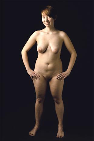 alaston naisen vartalo Raisio