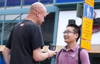 Suomessa asuvat kiinalaiset tekevät töitä tai opiskelevat, kertoo Chung.