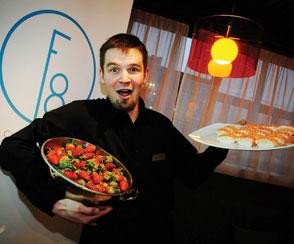 F8 Sweet -ravintolan tuleva vuoropäällikkö Antti Illi.