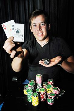 Tomas Lindberg pitää ongelmanratkaisutehtävistä, muun muassa ristikoista ja sudokuista.