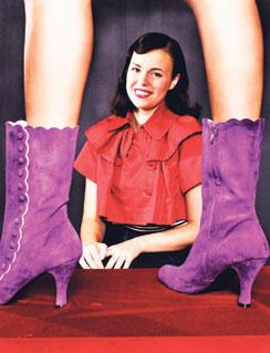 Minna Parikan kengät pääsivät vastikään brittiläiseen New Shoes -kirjaan.