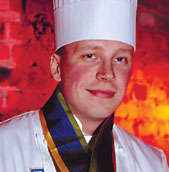 Henry Tikkanen palaa Michelin-ravintolaan.