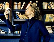 Jimi Pääkallo on innokas lukija. Hän pitää erityisesti fantasiakirjallisuudesta.