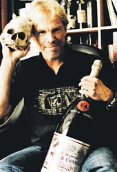 Pekka Nuikki tuntee vain huippukalliit viinit.