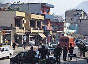 Rähjäinen Albanian pääkaupunki, Tirana, yrittää länsimaistua. Tosin ei hinnoiltaan.