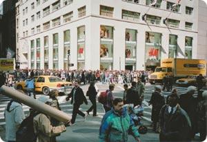 Hennes & Mauritz avasi New Yorkin liikkeensä viime vuoden marraskuussa.