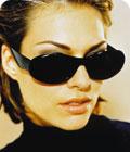 Jackie O. Tuntomerkit: Mustat, muoviset, suuret. Jackien O:n lasit suurenivat 1960-luvulta 1970-luvulle.