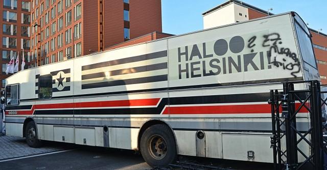 Tämä keikkabussi kätkee sisälleen tarinan jos toisen.