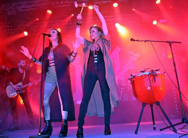 PMMP oli jälleen kerran häikäisevä Jyväskylän Suomipop-festivaaleilla.