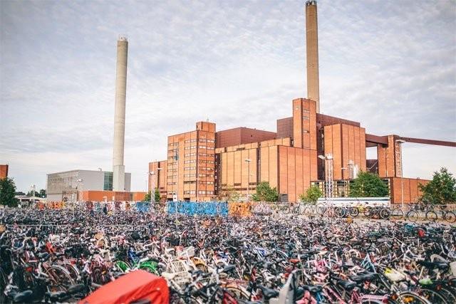 Kyllä Helsingissä pyöräillä osataan.