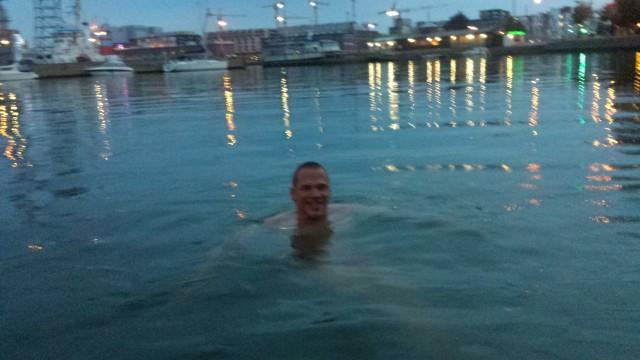 Mandala Travelin Juha Viitala kävi pulikoimassa virkistävässä vedessä.
