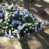 Oman menneisyyden kohtaaminen voi olla joskus todella rankkaa. Kävin tapaamassa isääni paikassa, jossa hänen hautajaisensa vietettiin.