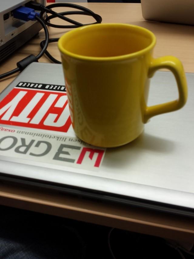 Kahvinkeitto on rutiini, jossa on palkinto. Kahvinkeittorutiinia voi myös laajentaa vaikkapa liikuntarutiiniksi.
