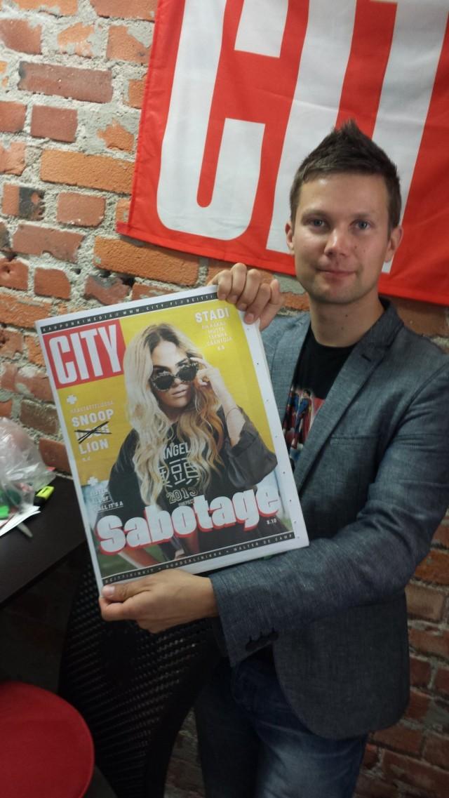 Kustantajaurani ensimmäinen CITY -lehti. Hämmentynyt ja innoissaan samaan aikaan. City -lehti 2013.