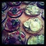 Vaihtoehtoiset pizzapohjat: munakoiso & kukkakaali!
