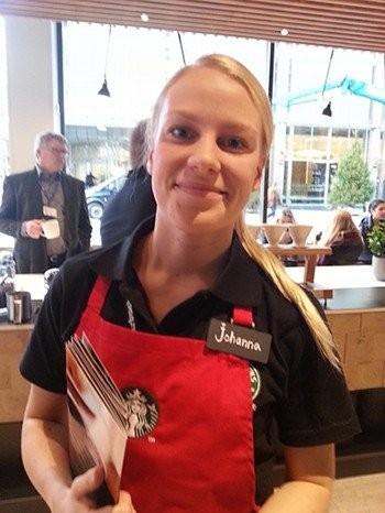Johannan mukaan asiakkaita oli riittänyt heti aamusta.