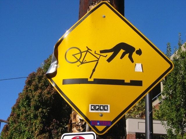 Mun lapsuuden WhatsApp oli polkupyörä, jolla mentiin kaverin oven taakse ja kysyttiin, voitsäolla? (Kuva CC-SA , Flickr/Samin Virji)