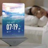 Samsungin taittuva herätyskello isolla näytöllä. Tulevaisuuden tuotteita?