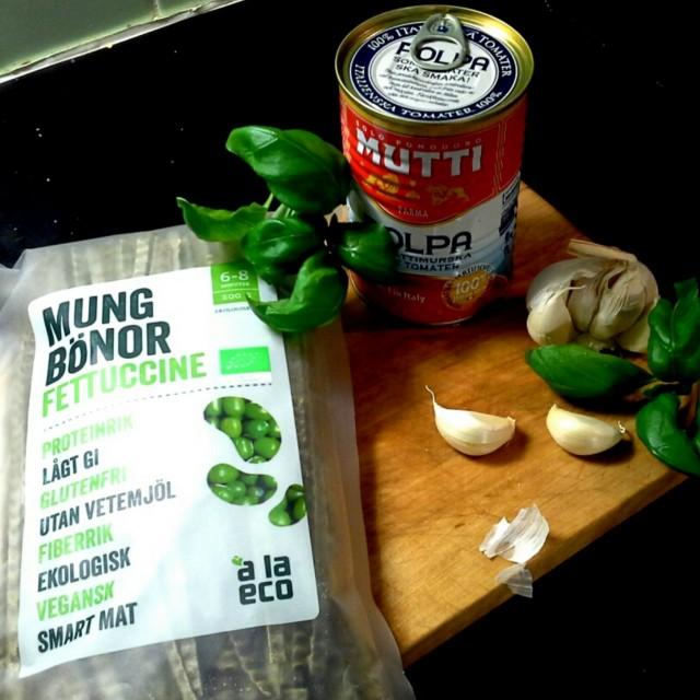 Muttisoosi + mungpapupasta = illallinen