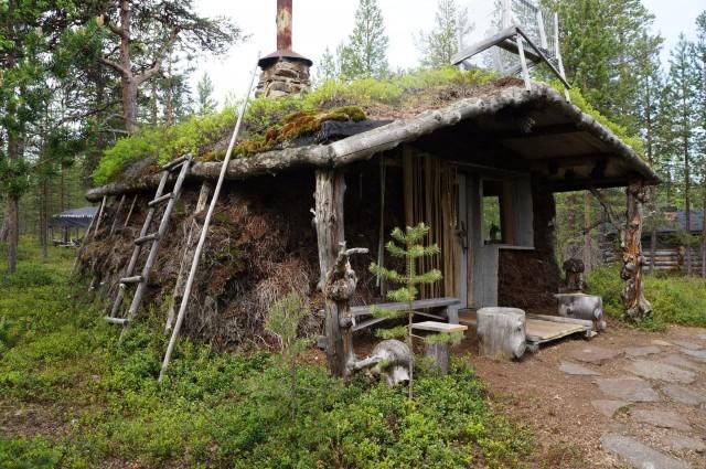 Alkeelliset asuinolot ovat seikkailun suola.