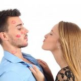 Viisi tapaa, joilla ensisuudelma onnistuu