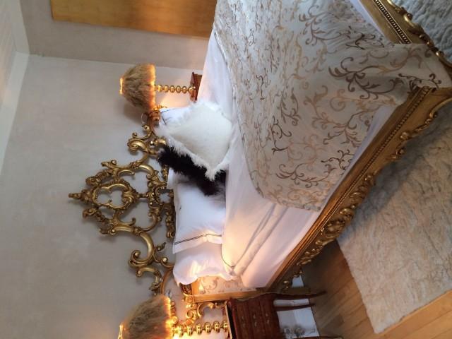Upeat puitteet boudoir kuvauksille, vai mitä?