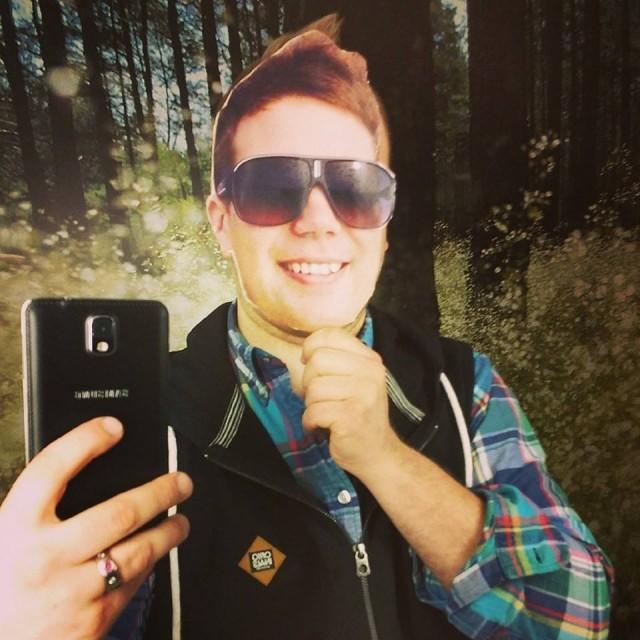 Selfie Ilkka O. Lavas metsässä