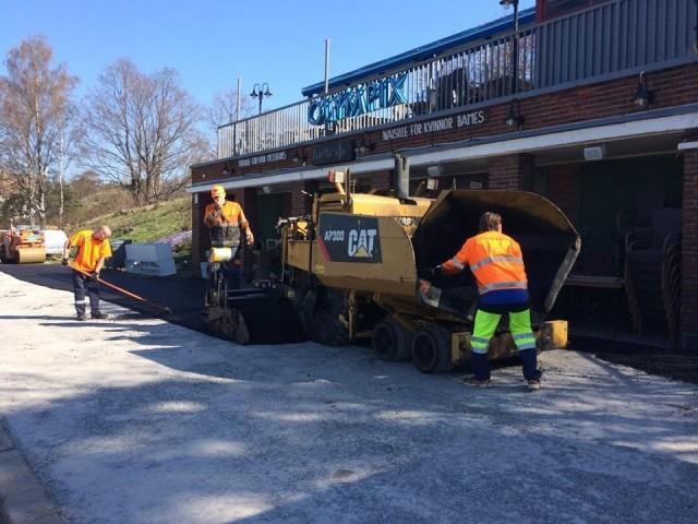 Baarin edusta sai uuden asfaltin.