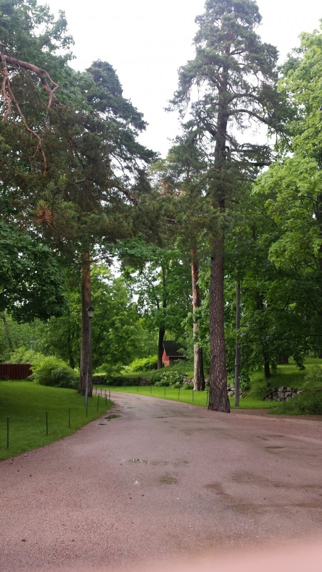 Stansvikin kartano on Helsingin Laajasalossa. Kivan vehreää seutua.