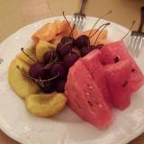 Jälkiruoaksi kannattaa kokeilla vaikka hedelmiä.