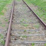 Tätä junarataa pitkin tuotiin 1.1 miljoonaa ihmistä tapettavaksi. Onneksi rata ei ole enää käytössä. Toivottavasti ei enää koskaan uudelleen.