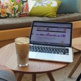 Etätyöt sujuivat hyvin, vaikka kahvilan wifi salasana oli hukassa.