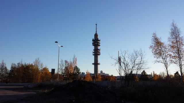 Olen ajanut tämän Helsingin Pasilan Kivilinnan ohi tuhansia kertoja, tietämättä miten upean paikan Kati Sinenmaa on rakentanut.