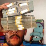 Taiteilija antaa 100 000 dollaria aarteenetsintäkisassa